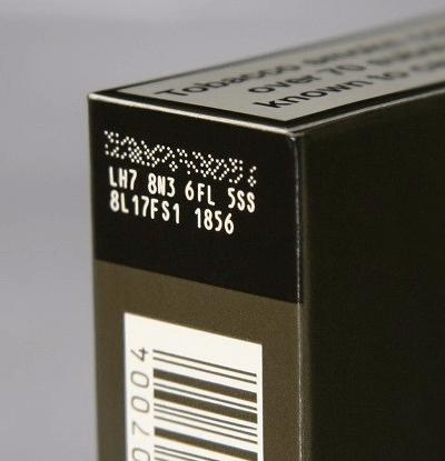 Cod format din puncte pe pachetul de tigari